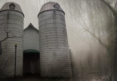 Barn of Terror Opens to Fright-Seekers